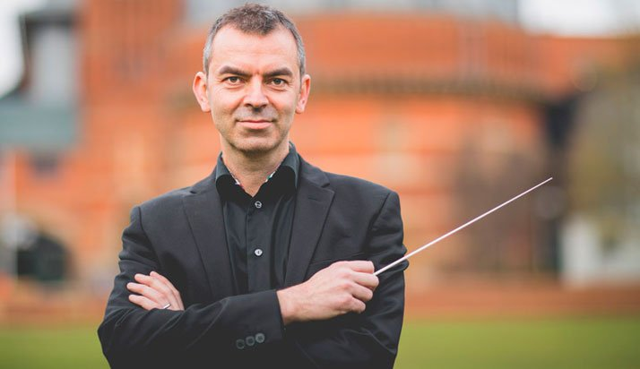Bruce O'Neil, conductor - Facade, Orchestra of the Swan