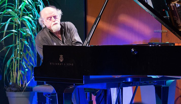 Peter Donohoe, Piano