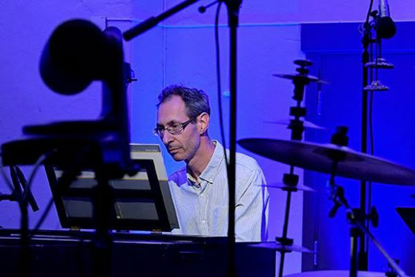David Gordon plays REM for Vivaldi Sleep